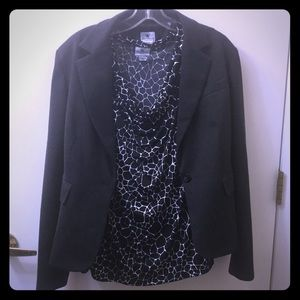 Sleeveless blouse + Blazer combo! By Worthington